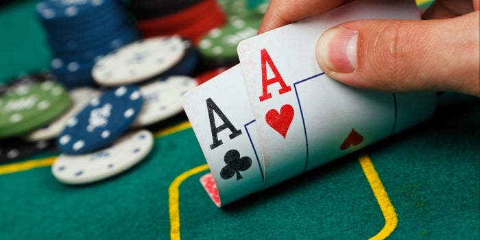 Get Started With Being An Online Poker Player With These Tips!